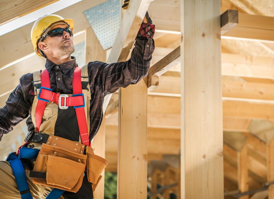 Roofing Contractors Need Builders Risk Insurance